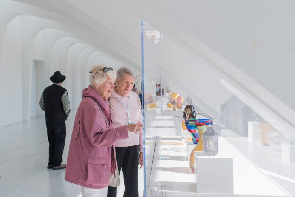passengers looking at gallery at Milwaukee Art Museum